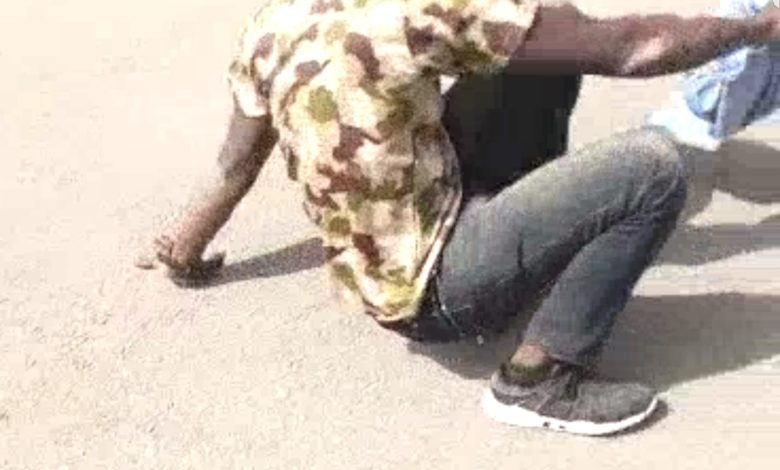 Photo of Edo state: Man Gets The Punishment Of A Lifetime from Army Officers