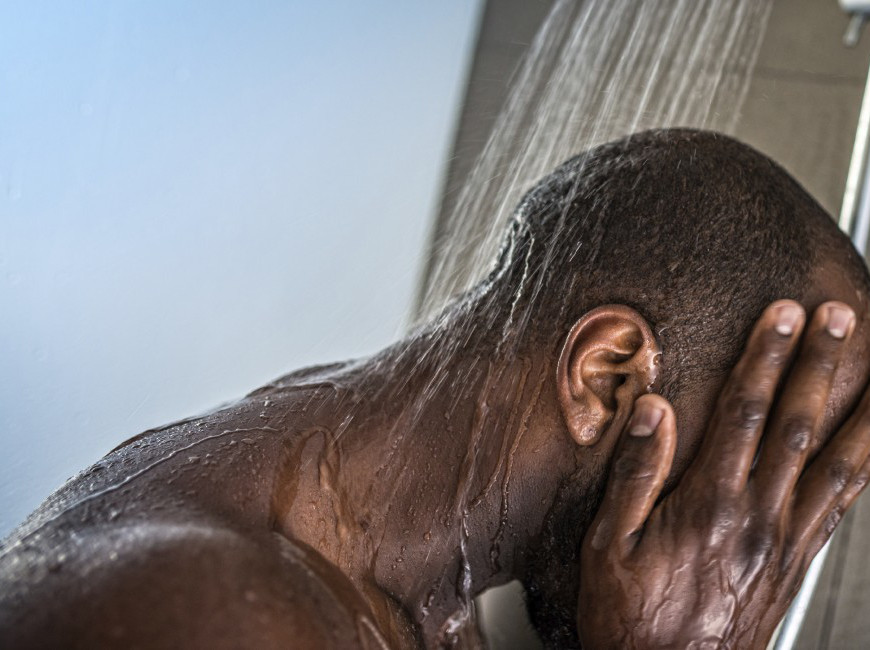 5 Mistakes That Can Destroy Your Skin During Shower.